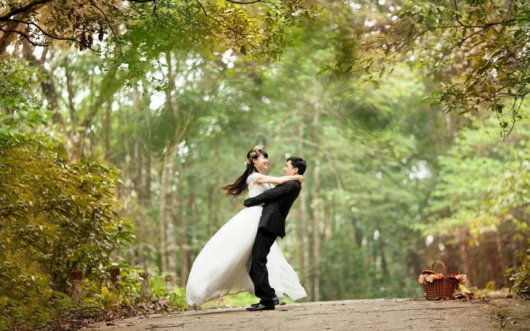 5 Nietuzinkowych pomysłów na teledysk ślubny