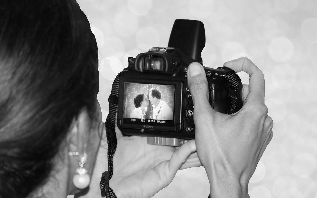 Czym kręcone są współczesne wesela? Kamera, lustrzanka, dron